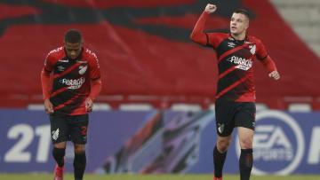 Furacão estreou no Brasileirão com vitória e espera conseguir mais três pontos.