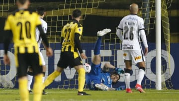 Corinthians sofreu goleada história em partida contra o Peñarol, pela Copa Sul-Americana 2021.