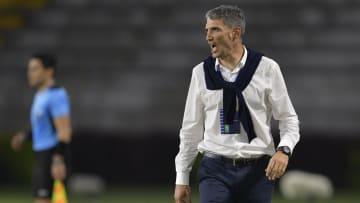 O argentino Juan Pablo Vojvoda é o novo treinador do Fortaleza. Treinador assinou até o final do ano.