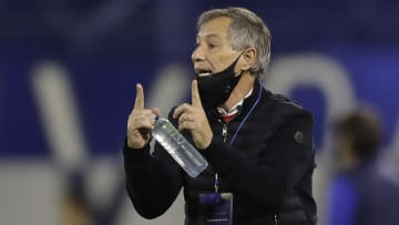 Técnico argentino é a nova aposta do Santos.