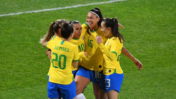 FBL-WOMEN-CANADA-BRAZIL