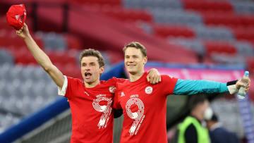 Sind ab der neuen Saison die beiden dienstältesten Spieler beim FC Bayern: Thomas Müller (l.) & Manuel Neuer