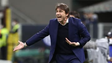 Tottenham se aproxima de acordo com Antonio Conte.