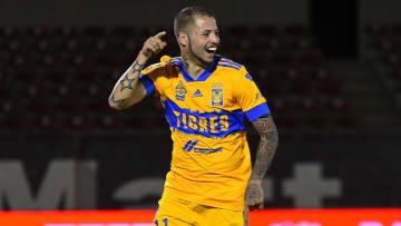 Nicolás López viene de marcar doblete ante Bravos