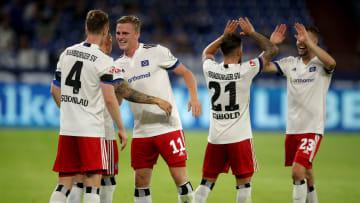So bejubelten die HSV-Spieler den gelungenen Saison-Auftakt bei Schalke 04