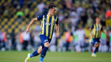 Mesut Özil wird Fenerbahçe mutmaßlich nicht so schnell verlassen