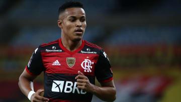 Daniel Cabral (2), Lázaro (2), Thiaguinho (2), Peralta, André e Pedrinho marcaram na goleada por 9 a 1 do Flamengo sobre o Macaé, no Carioca Sub-20.