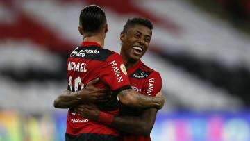 Michael e Bruno Henrique podem fazer a diferença para o Flamengo na corrida pelo título da Copa do Brasil.