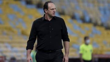 Rogério Ceni diz que decisão de barrar ida de Pedro para os Jogos Olímpicos é da diretoria do Flamengo. 'É mais administrativa'.