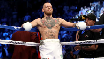 Conor McGregor and Oscar De La Hoya want to fight each other.