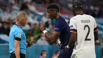 Paul Pogba told the referee that Antonio Rudiger bit him