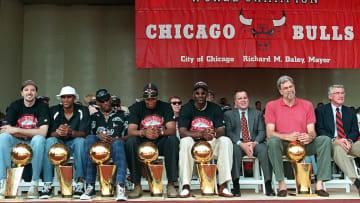 Scottie Pippen, Dennis Rodman, Richard M. Daley, Toni Kukoc, Michael Jordan, Phil Jackson, Jim Edgar, Ron Harper
