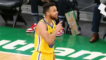Stephen Curry tiene 10 partidos por encima de los 30 puntos