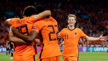Joy as Netherlands go 2-0 up