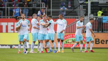 Schalke siegt deutlich gegen Kiel