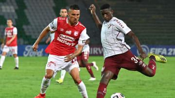 Fluminense não está tendo vida fácil com suas viagens na Libertadores