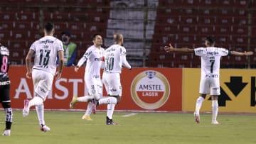 Palmeiras venceu o Del Valle com gol de Veiga, de pênalti