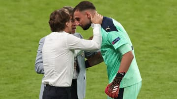Mancini voit Donnarumma prendre la place de Navas