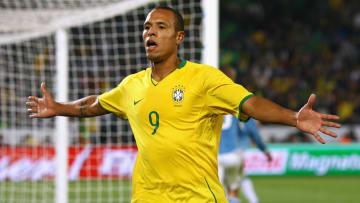 Jogador foi revelado pela Ponte Preta | Italy v Brazil - FIFA Confederations Cup