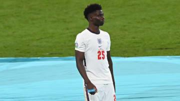 Saka a essuyé des insultes racistes après son tir au but manqué contre l'Italie