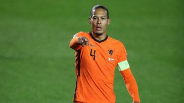 Virgil Van Dijk decidiu não jogar a Euro esse ano.