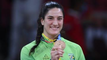 Internacional de Fernanda Garay, Grêmio de Mayra Aguiar, Botafogo de Bruninho e mais: veja o time do coração das estrelas em ação nas Olimpíadas.