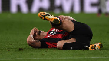 Zlatan Ibrahimovic au bord des larmes après sa blessure au genou.