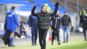 KSC-Trainer Christian Eichner will oben dabei bleiben