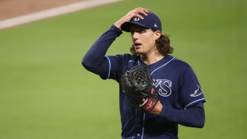 Tyler Glasnow's elbow injury could derail the Rays' title hopes.