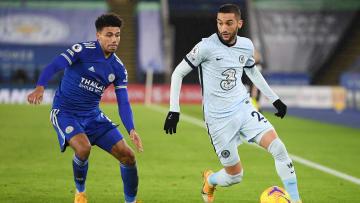 Chelsea e Leicester City decidem a Copa da Inglaterra neste sábado (15).