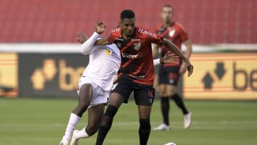 Abner está na lista | Liga Deportiva Universitaria v Athletico Paranaense - Copa CONMEBOL Sudamericana 2021