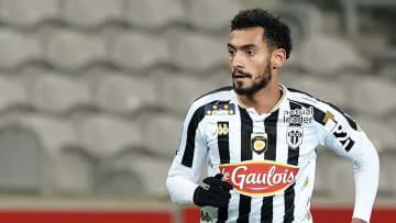 Fulgini va rester à Angers