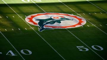 Los Dolphins hicieron un gran movimiento con miras al draft de 2021 de la NFL