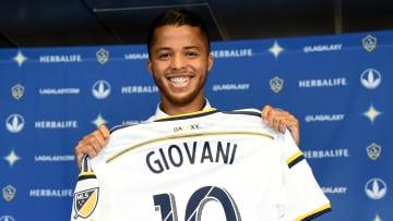 Los Angeles Galaxy presentó a Giovani Dos Santos en julio de 2015