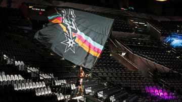 Spurs Coyote, AT&T Center - Los Angeles Lakers v San Antonio Spurs