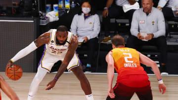 LeBron busca ante el Jazz sacar a los Lakers de un mal momento