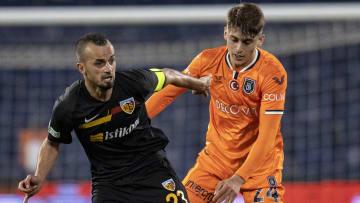Medipol Başakşehir-Hes Kablo Kayserispor maçından kare