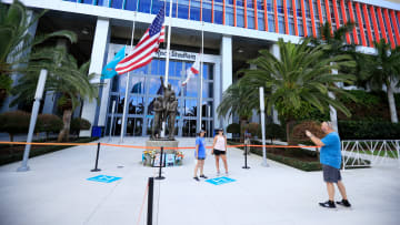 Miami Dolphins Remember Don Shula With Statue Viewing