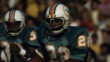 Miami Dolphins running back Mercury Morris against the Los Angeles Rams