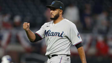 Miami Marlins vs Atlanta Braves prediction and pick for MLB game tonight.