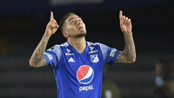 Cristian Arango playing for Millonarios vs Deportivo Cali