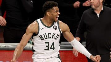 Giannis tuvo un brillante encuentro ante los Nets y clasificó con los Bucks a las finales del Este
