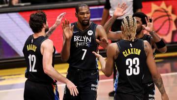 Kevin Durant anotó en total 17 puntos en su reaparición con los Nets
