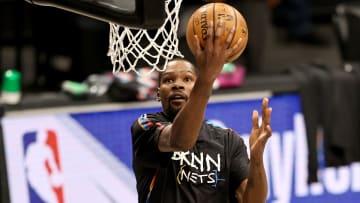 Kevin Durant regresó al juego luego de una ausencia de 23 partidos