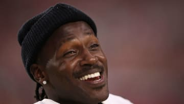 GLENDALE, ARIZONA - AUGUST 15:  Wide receiver Antonio Brown #84 of the Oakland Raiders reacts on the sidelines during the first half of the NFL preseason game against the Arizona Cardinals at State Farm Stadium on August 15, 2019 in Glendale, Arizona. (Photo by Christian Petersen/Getty Images)