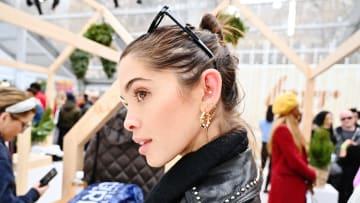 Evita utilizar los cotones en exceso porque no son la mejor manera para limpiar los oídos