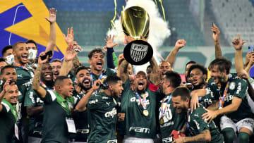 Palmeiras sagrou-se vencedor do Campeonato Paulista 2020. Para edição deste ano, a FPF divulgou que irá distribuir R$ 11 milhões em premiação.