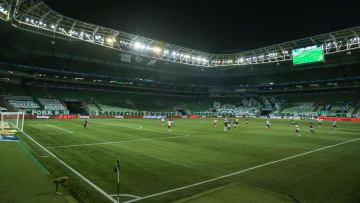 Retorno deve acontecer em novembro | Palmeiras v Fluminense - Brasileirao 2021