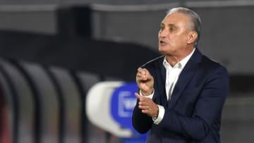 Tite voltou a criticar organização da Copa América no Brasil