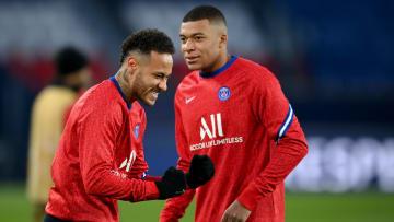 Neymar et Mbappé sont au PSG depuis 2017.
